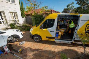 Mobile Tyre Shop Repairing Car Tyre